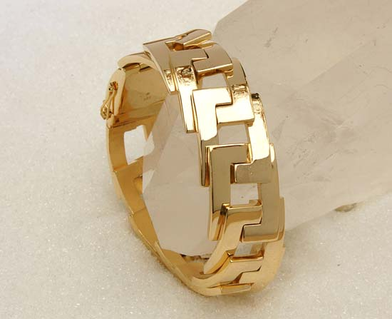 "Bracelet in yellow gold, model: ""Tego""."