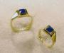 Kandidatring (B.I.) i gult gull med lapis lazuli.
