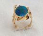 Ring i gult gull med opal triplet