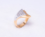 `Vivre` Ring in yellow and white gold with 15 diamonds